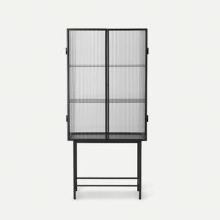 Haze Vitrine geriffeltes Glas